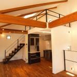 T様邸「自然素材をふんだんに使い、光と空間にこだわった家」02
