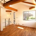 T様邸「自然素材をふんだんに使い、光と空間にこだわった家」03